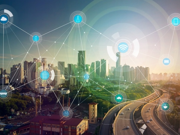 internet of things everything connected shutterstock_436599715-206283-edited